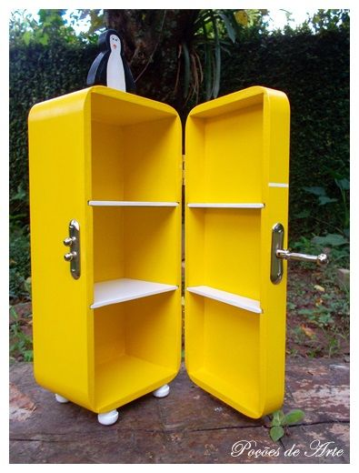Lojinha Poções de Arte: Caixa de Chá - Geladeira Amarela.