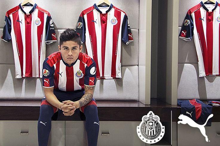 CHIVAS PRESENTÓ SU NUEVA PLAYERA PUMA El Rebaño dio a conocer el diseño de los uniformes que vestirán durante el Apertura 2016 y Clausura 2017 con Puma como su nueva marca.