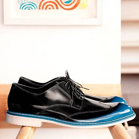 Groom Shoes Cole Haan - who says the guy shouldn't have something blue too??