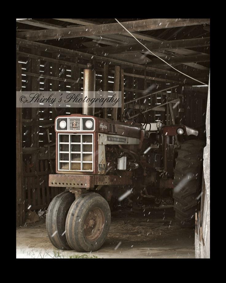 IH winter.Hydro 86 tri cycle tractor