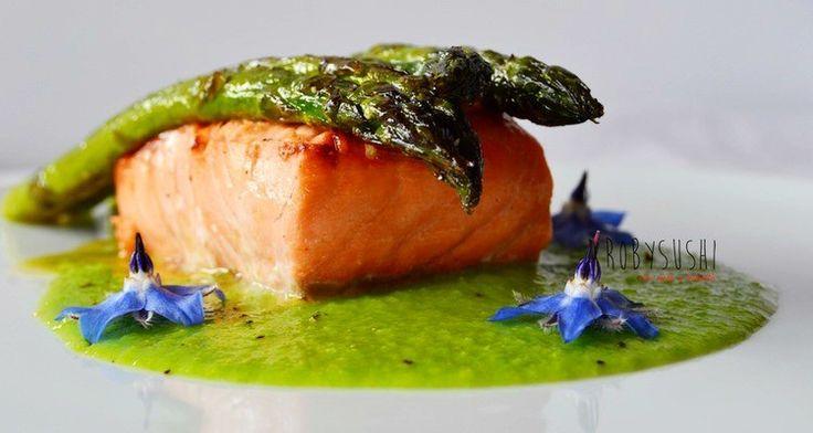 Ricetta: Salmone marinato all'aceto di riso del food blog Robysushi per TUTTOFOOD 'TUTTOFOOD 2015 le Ricette dei Food blogger' http://www.foodconfidential.it/salmone-marinato-tuttofood-ricette-dei-foodblogger/