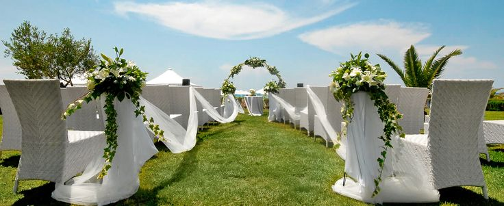 Whether you are dreaming of a small intimate wedding with close family and friends or a larger event our great selection of indoor and outdoor reception venues is bound to meet your needs. Location: Halkidiki, Greece