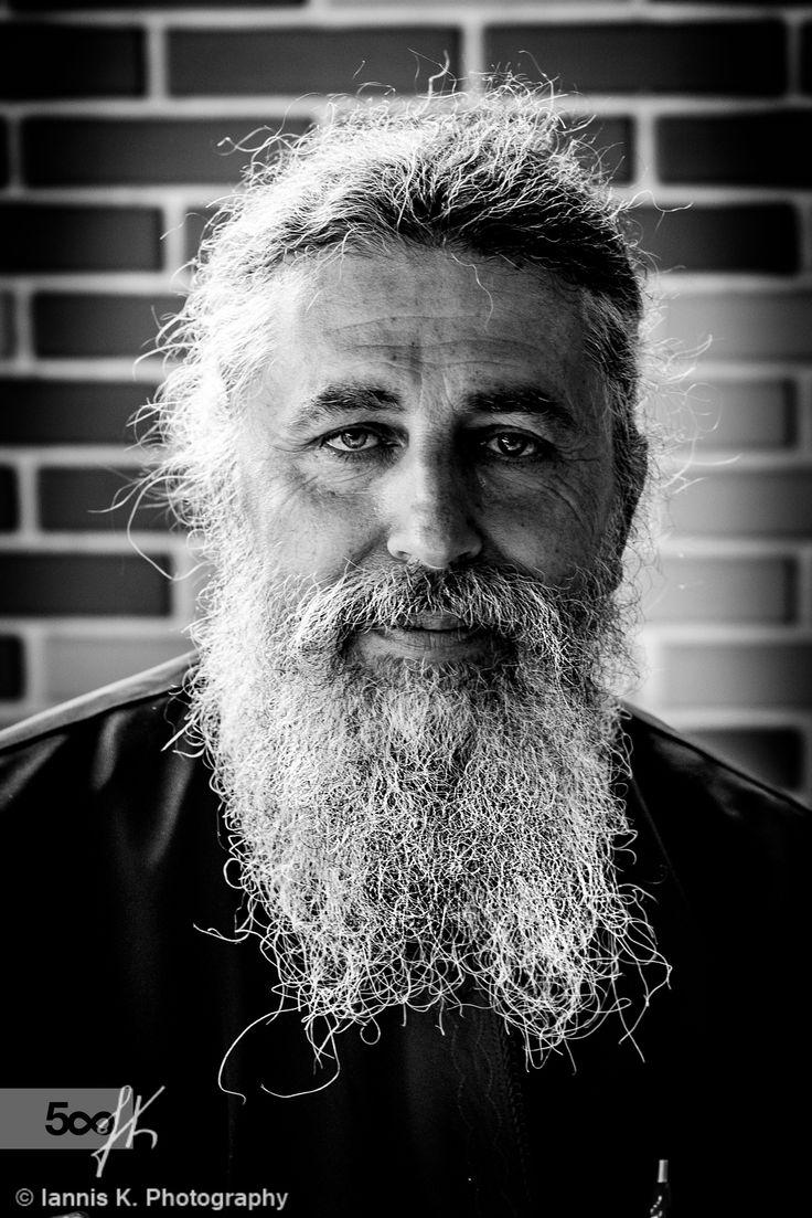Portrait b/w by Iannis Koukoras on 500px