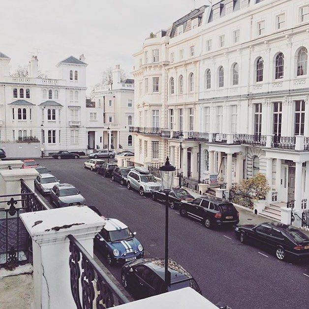 A room with view, taken from one of our Better Rooms. By @aliferousandco #nottinghill #london #portobellohotel #travel #hotel