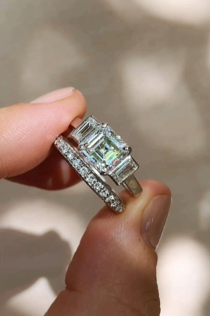 1.52 CARAT ASSCHER CUT VINTAGE DIAMOND RING | Erstwhile