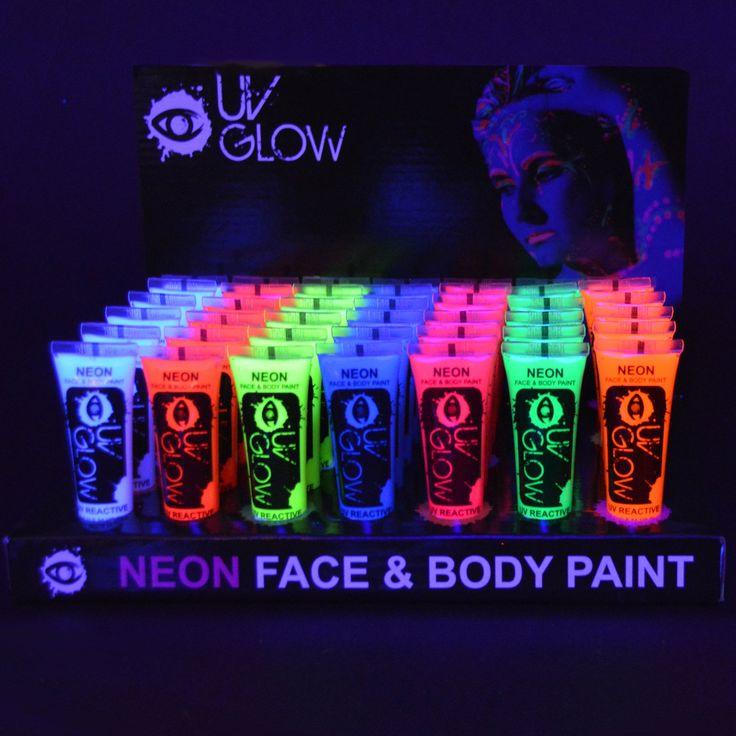 Neon Grune Wandfarbe :  neon neon leuchten schwarzlicht bodypainting 1 1 valentina fuentealba