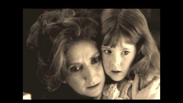 """Maria Elena Walsh -  El pais de Nomeacuerdo tema de la película """"La Historia Oficial""""-Oscar mejor película extranjera- """" Un pasito para atrás,  y no doy ninguno más  porque ya, ya me olvidé  dónde puse el otro pie"""""""