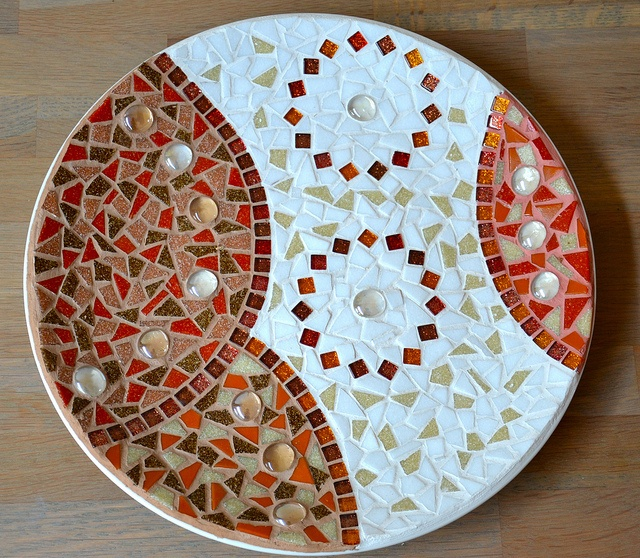 White, brown and red glass mosaic plate by Laura Leon Mosaics, via Flickr