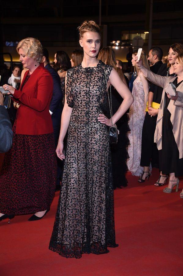 Gaia Weiss in Alaia  .  Festival di Cannes 2016