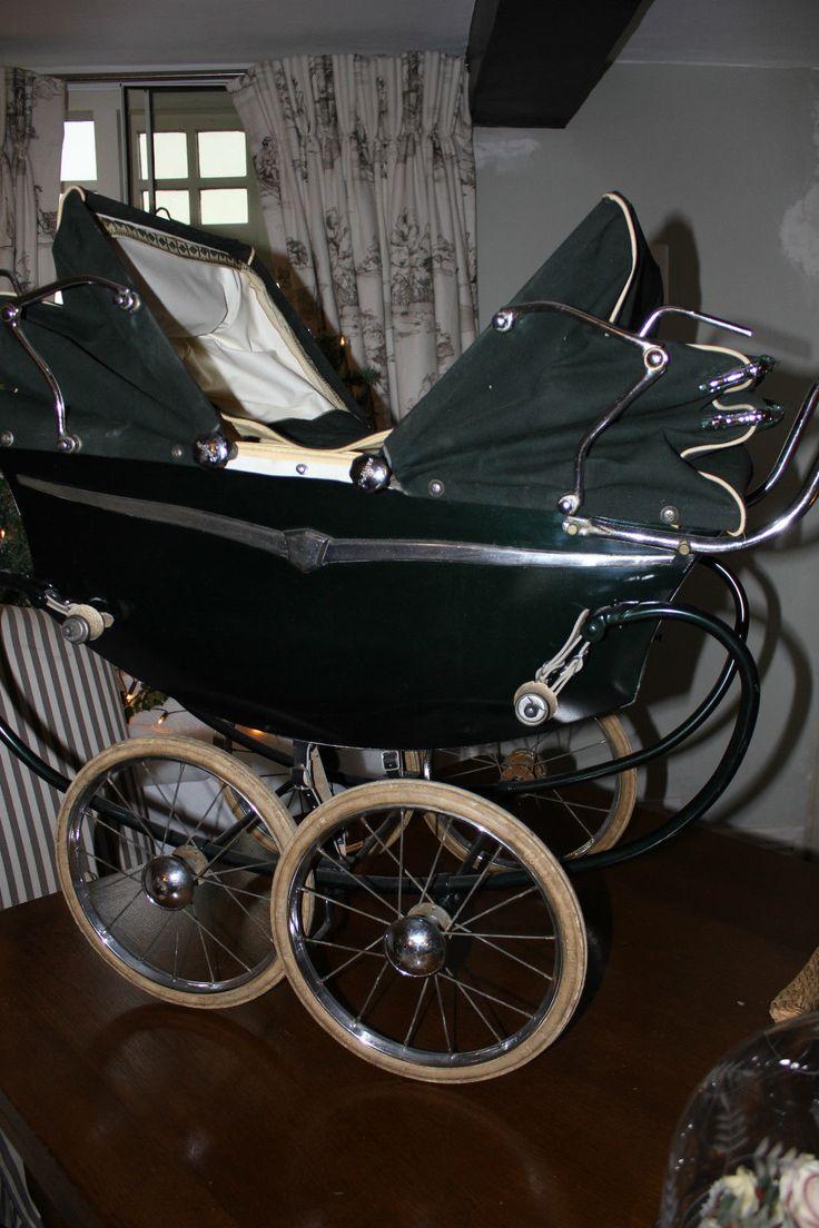 Vintage Pedigree Triang 1951 twin Dolls coachbuilt Imperial pram | eBay