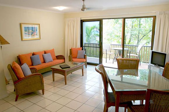 Tropical Reef Holiday Apartments $150 p/n Enquire http://www.fnqapartments.com/accommodation-port-douglas/over-300/ #portdouglasaccommodation