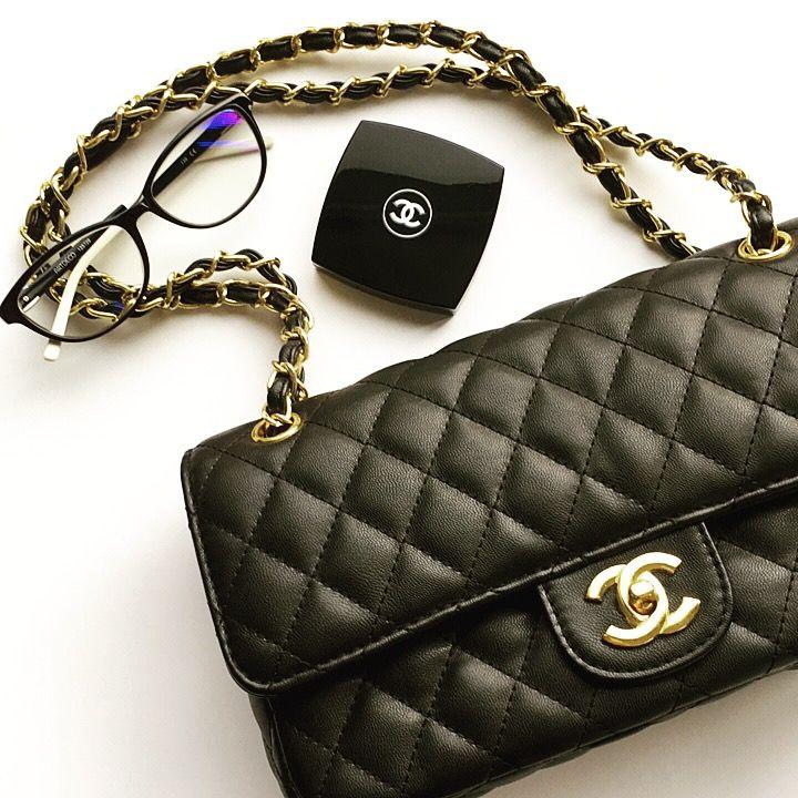 Chanel is always good idea 🖤