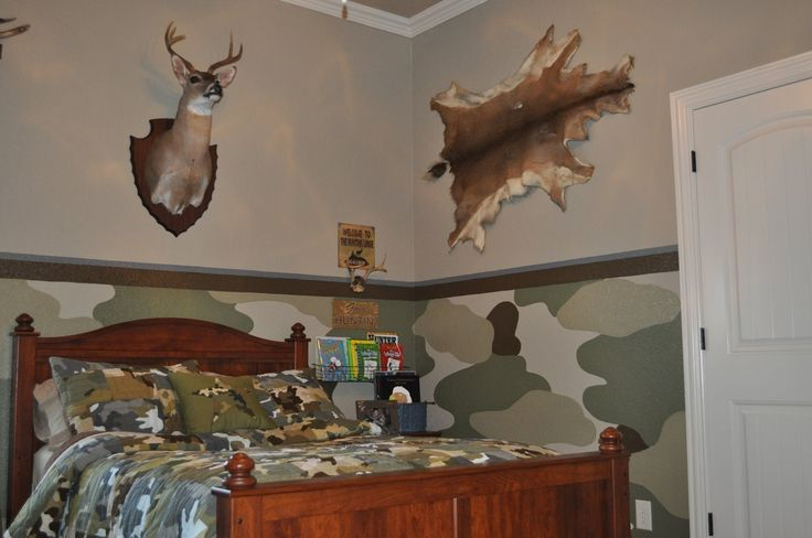 camo boys rooms | Painting and Design by Celeste: The camo room