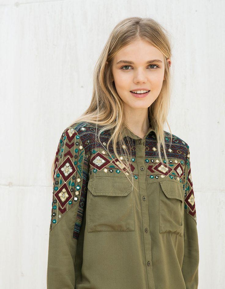 Camisa BSK detalle bordado - Chica BSK - Bershka España