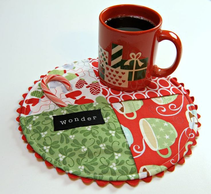 Mug Rug tutorial, many ideas not just holiday prints
