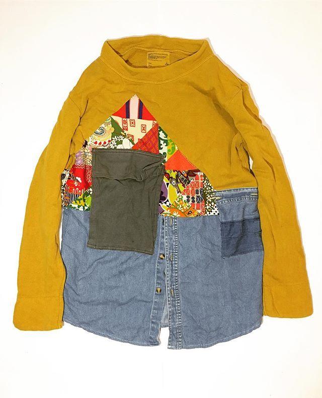 レディーススウェットとデニムシャツの切り替え。vintageのフィードサックは万能だなと思いました。 . . . #rifatto #リファット #remake #リメイク #沖縄 #okinawa #ハンドメイド #handmade #襤褸 #ボロ #藍染 #indigo #デニム #denime #リペア #つぎはぎ #パッチワーク #古着 #fashion #vintage #japan #刺し子 #boro #キリム #NEWEND #刺繍 #ART #canoneoskissx7  #iPhone6