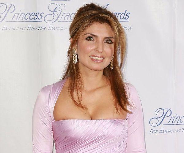 Η Γιασμίν Ετεμάντ Αμίνι γεννήθηκε στο Ιράν το 1968 και παντρεύτηκε τον τελευταίο πρίγκιπα του Ιράν, Ρέζα Παχλάβι, για να γίνει πριγκίπισσα, το 1986. Το ζευγάρι και οι τρεις κόρες του ζουν εξορισμένοι στις ΗΠΑ.