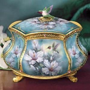 Beautiful music box!