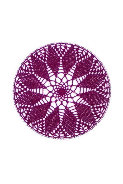 Crochet Earring Holder, Wall Decor by MaKatarinaCorner   #crochetwalldecor, #walldecor , #bohodecor, #floralwalldecor , #earringholder, #crochetearringholder, #laceearringholder, #doilywalldecor, #doilyearringholder, #windowdecor