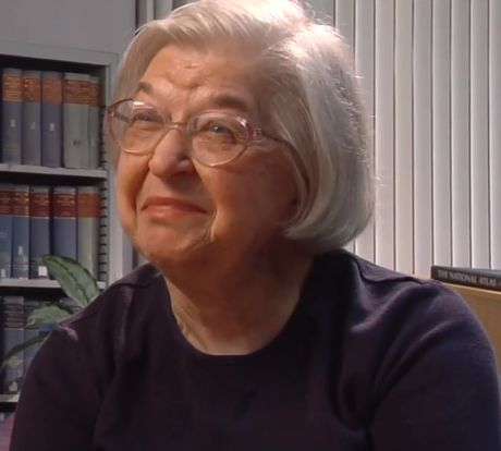 Stephanie Kwolek (1923 - 2014) ♦  American chemist, whose career at the DuPont company spanned over forty years. She is best known for inventing the first of a family of synthetic fibers of exceptional strength and stiffness: poly-paraphenylene terephthalamide—better known as Kevlar.