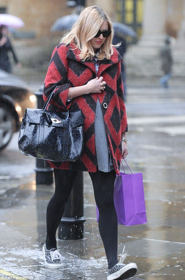 Pregnant Fearne Cotton in Albion Dress, Classic Collection.