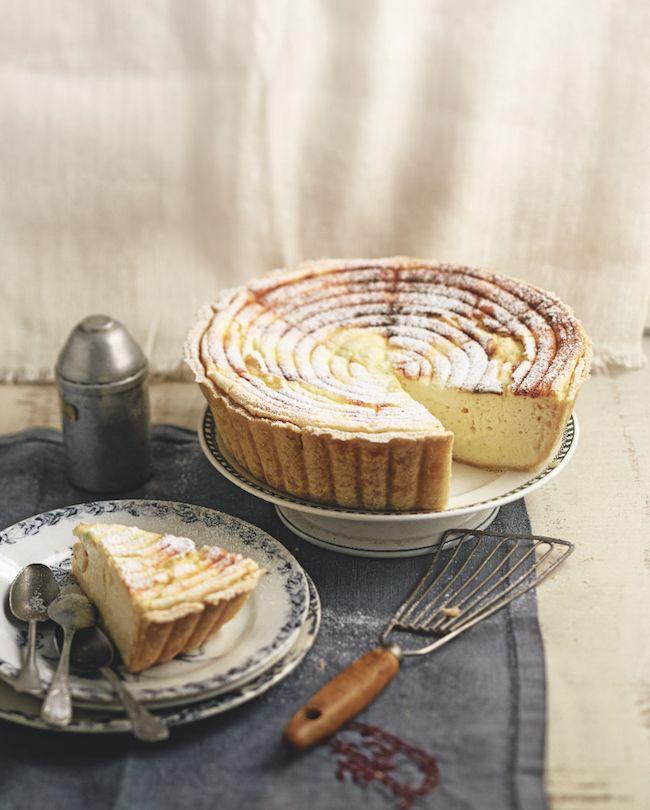 Découvrez sans plus attendre notre recette préférée, t une tarte au fromage blanc. Si moelleuse, si aérienne… et tellement simple.