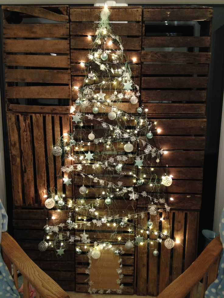 alternative Christmas tree  Wooden crate Christmas tree Apple crate Christmas tree