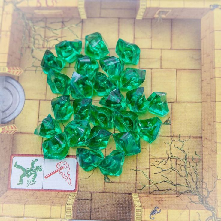 Escape is played in real-time, with all players rolling dice and taking actions simultaneously. #escape #queengames #boardgames #brætspil #brädspel #brettspill #treasure