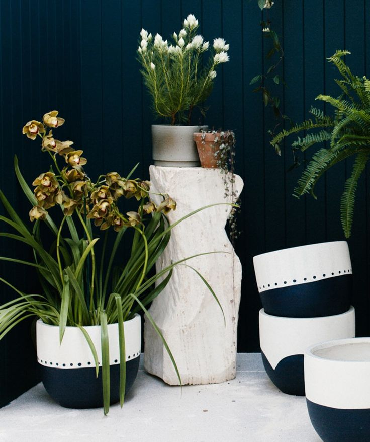 Create an urban bohemia with the Indigo Folk Indigo Dip Pot, put your favourite vinyl on and chill out with your new plant hugger. | huntingforgeorge.com