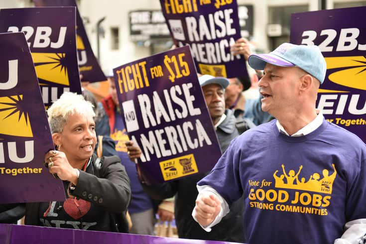 The legislation could end collective bargaining for most teachers in the state. Florida Republicans are pushing a bill designed to deal the state's unions a death blow.House Bill 25, which was introduced by Longwood state Rep. Scott Plakon, would decertify any union in which 50 percent of the workers don't pay dues, thus preventing them from being able to collectively bargain. Despite the fact that unions negotiate for the benefit of all their workers, no employee is forced to pay dues in…