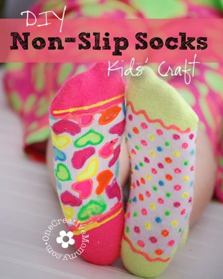Keep your little ones from taking a tumble on your tile or wood floors with these easy DIY Non-Slip Socks! Check out his fun DIY Non-Slip Socks Kids' Craft.