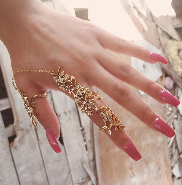 Fashion rings on hands