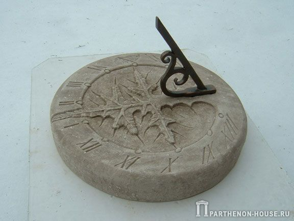 Солнечные часы из камня. Солнечные часы «Сон Евы».