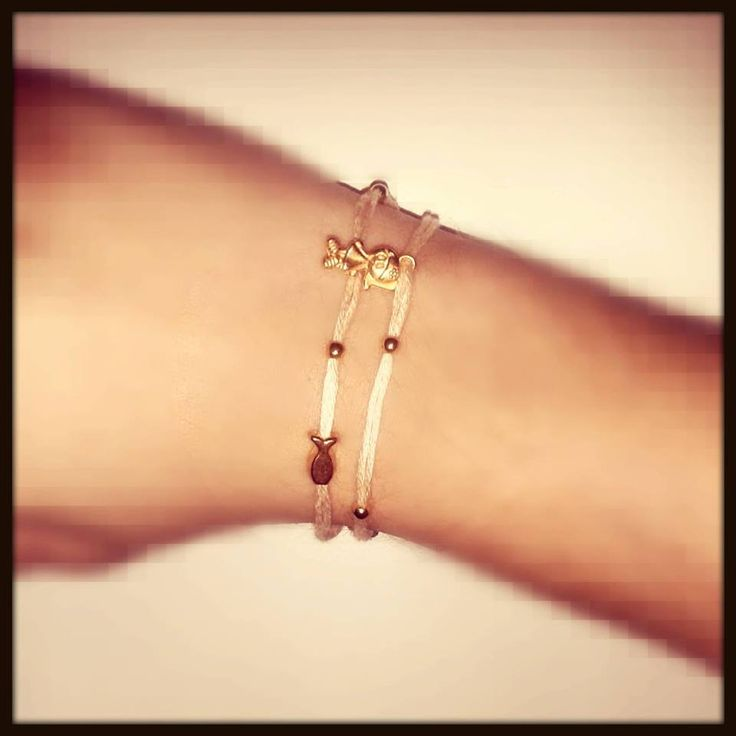 soft pink double-bracelet with details of gold metal, is now available girls