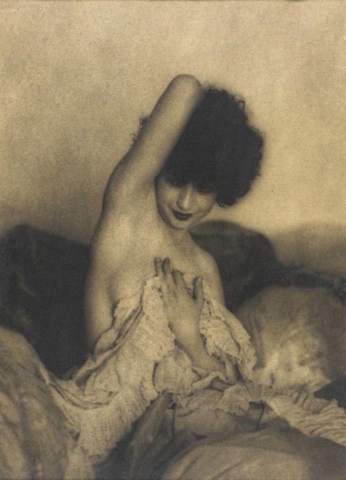 Zoila Conan, photographer William Mortensen, 1928