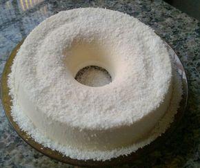 O Pudim de Maria Mole com Coco é prático, delicioso e não precisa ir ao fogo. Faça a sobremesa da sua família e receba muitos elogios! Veja Também:Pudim d
