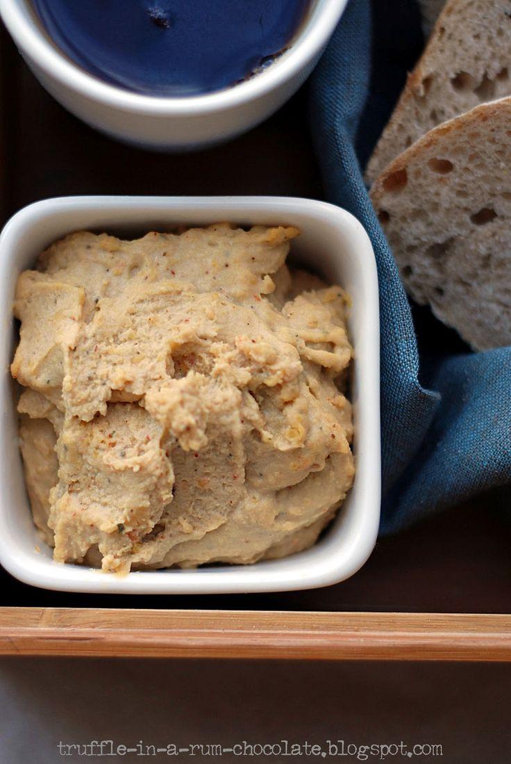 Trufla: Hummus z czerwonej soczewicy.