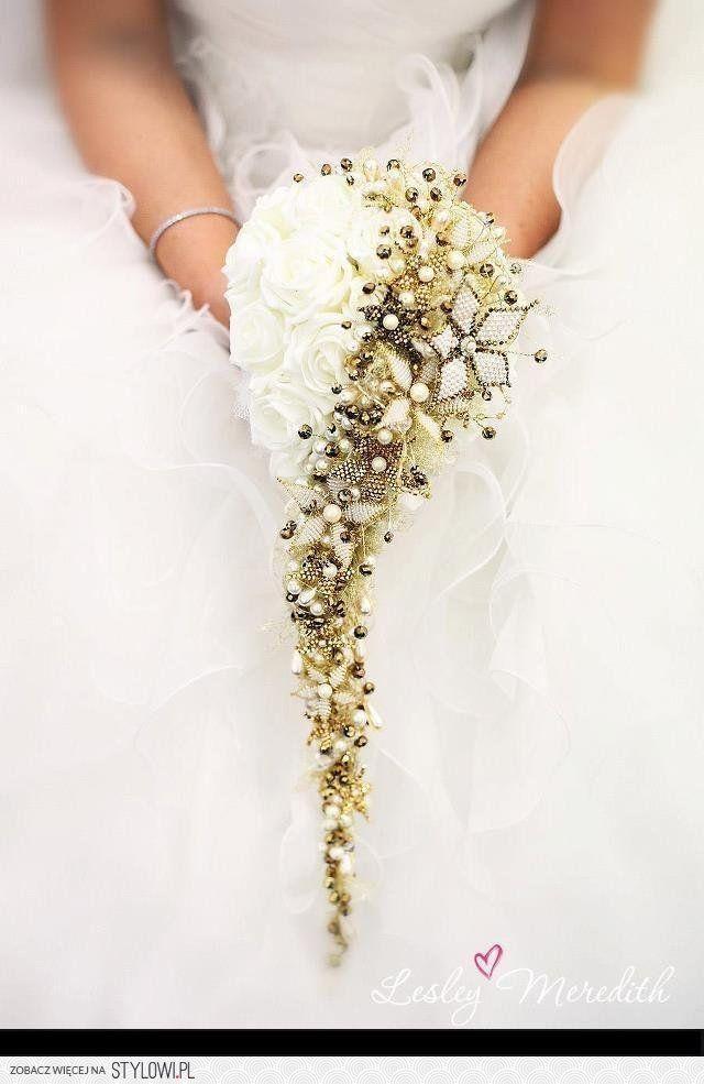 bukiet ślubny biało-złoty