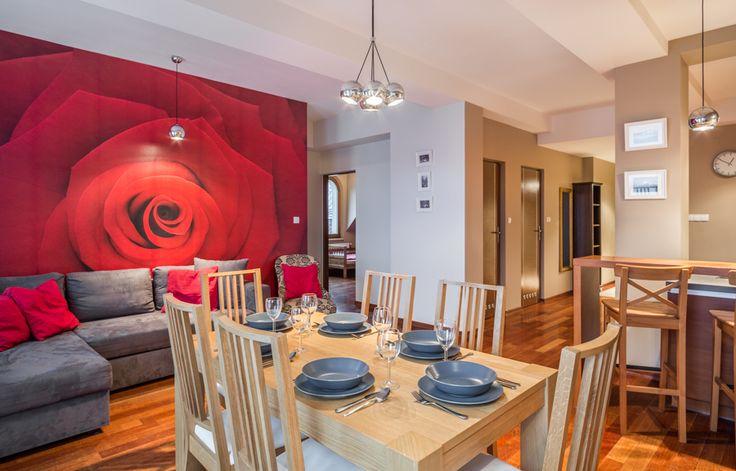 Radowid 29. Jest to ładnie urządzony apartament w którym może wypoczywać do 6 osób. http://www.tatrytop.pl/apartament-radowid-29-basen-centrum-zakopane