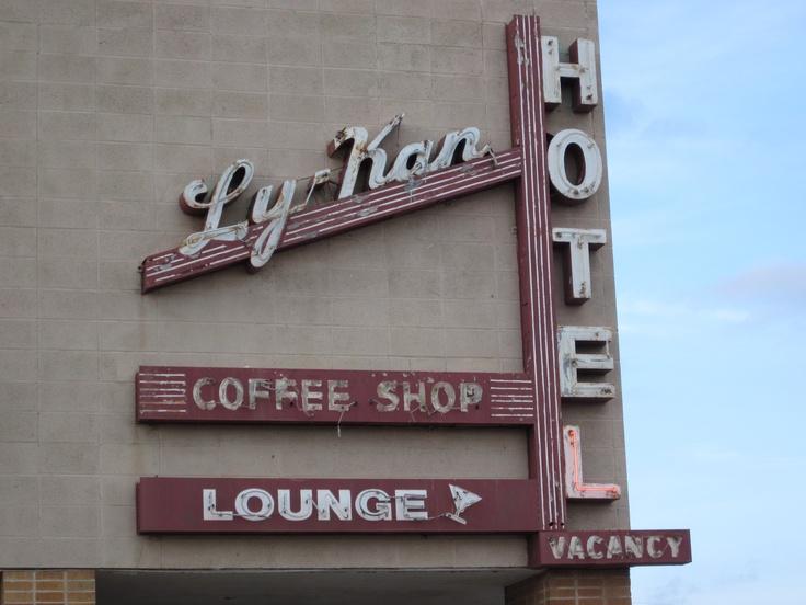 Ly Kan Hotel Lyons Kansas