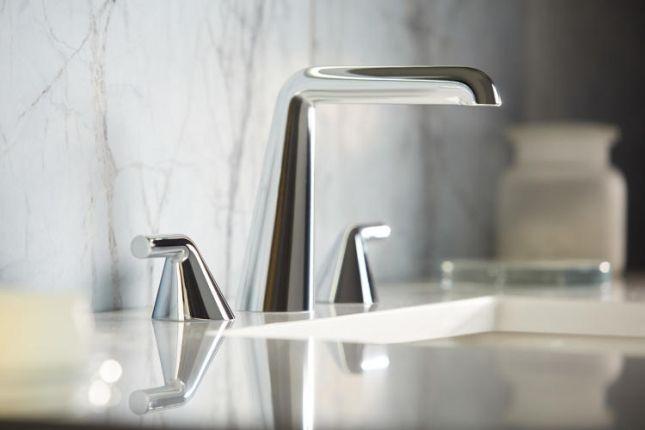 La firma de diseño danesa Barke Ingels, en colaboración con su consultoría de diseño KiBiSi, diseñó una serie de productos para baños y cocina para la marca de lujo Kallista.