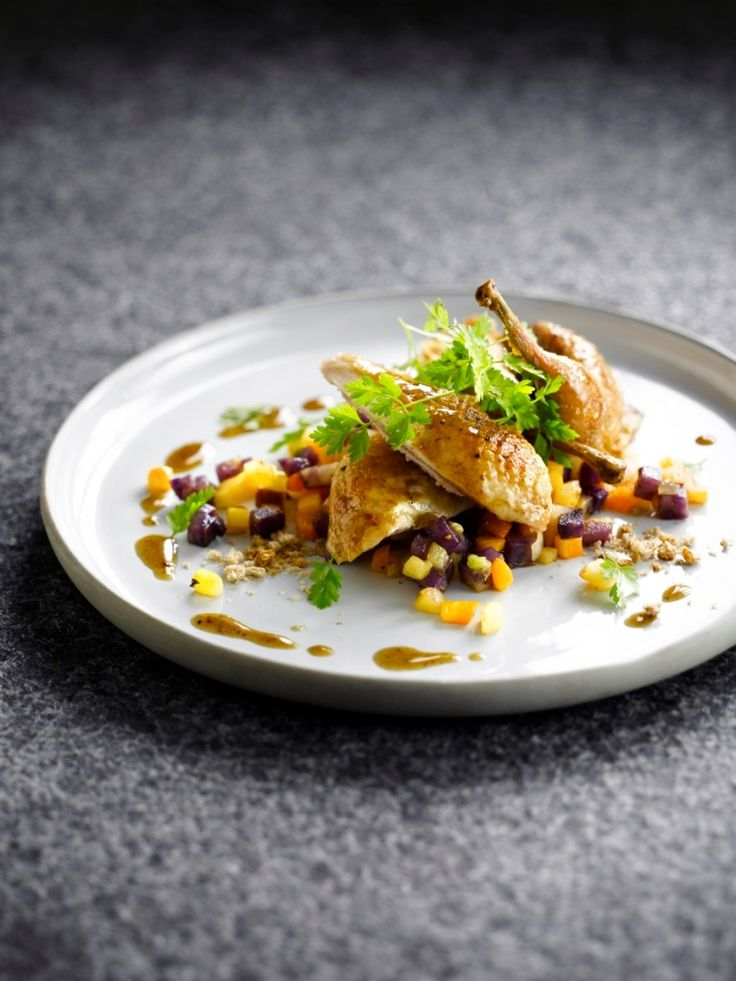 Ratatouille van wintergroenten met kwartel http://njam.tv/recepten/ratatouille-van-wintergroenten-met-kwartel