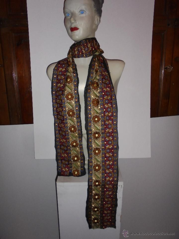 Antigua tela de seda bordada a principios del siglo XX / Complementos de moda antigua en todocoleccion