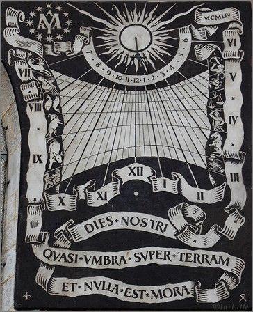 Zegar słoneczny na kaplicy św. Jana Nepomucena