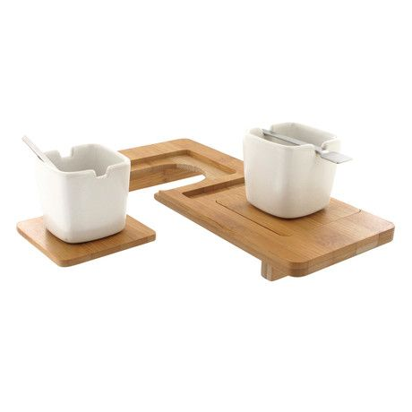 Kookii for 2// Enjoy tea time or a coffee break in style with the polished bamboo tray and clean ceramic cup design