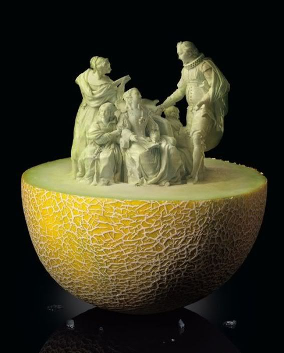 Unbelievable Fruit and Vegetable Carving