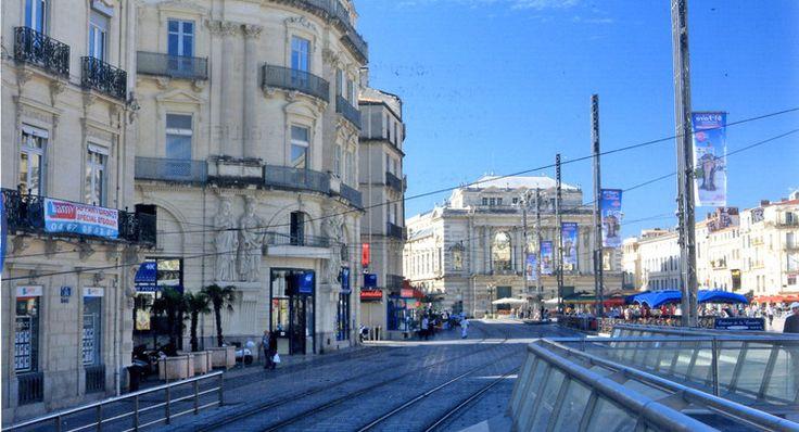 La Place de la Comédie aujourd'hui, à Montpellier, en France