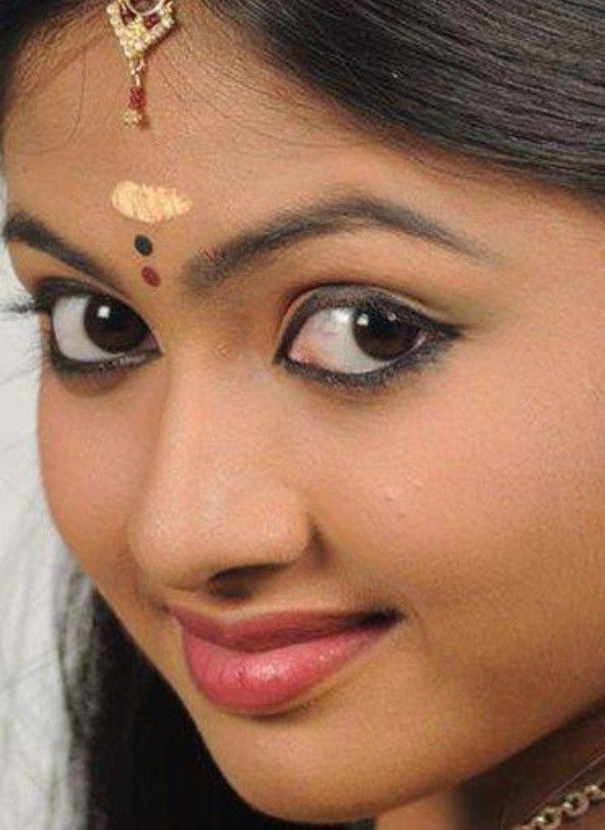 Ritually Pleasant Beautiful Girl Indian India Beauty