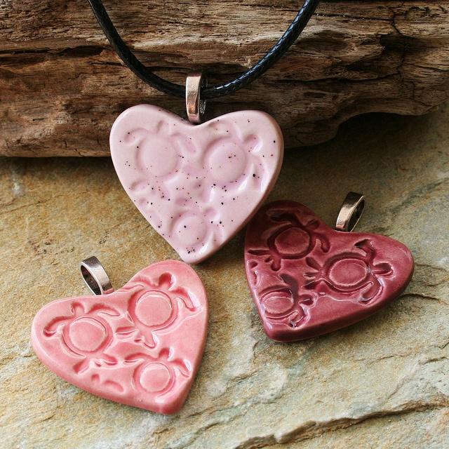 Handmade Ceramic Honu / Sea Turtle Necklaces by Tropicalcrush.com, via Flickr