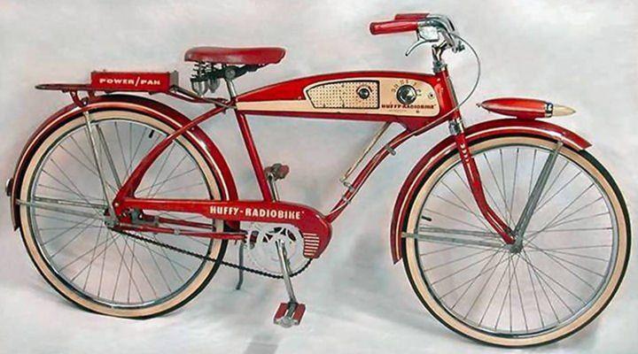 Throwin in Back.....The Huffy Radio Bike, 1955